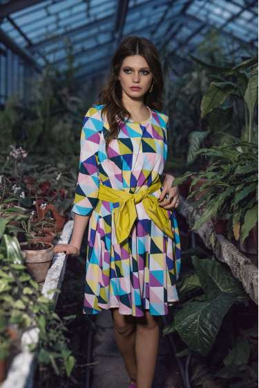 Geometric signature print tent dress with belt