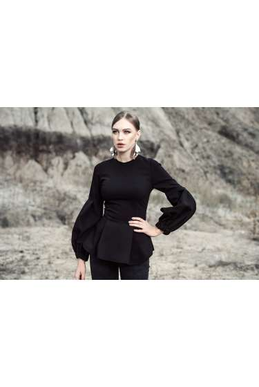 Black puff, long sleeves top