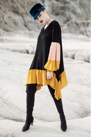Black&Mustard-yellow short asymmetric dress