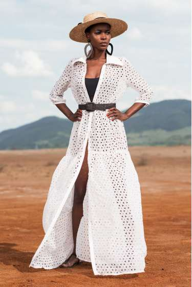 Exquisite white, shirt-style perforated maxi dress