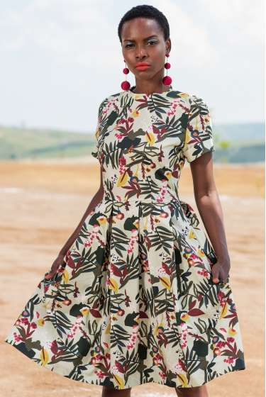 Exotic vegetal print midi dress with pockets