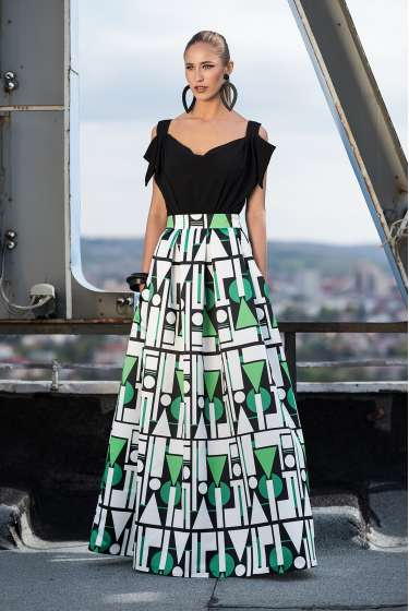 Abstract geometric Signature print maxi skirt
